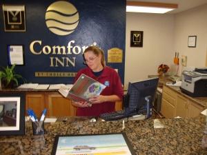 Tonya, with textbook—multitasking as usual.